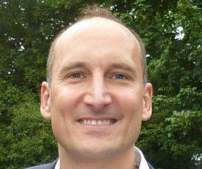 Dr. Aurel Huber